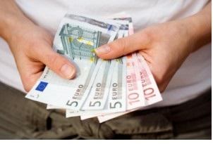 La majorité des Belges effectueraient leurs remboursements dans les délais impartis